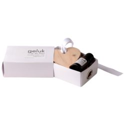 in-die-huis-small-wooden-heart-5cm-11ml-fragrance-oil-in-small-white-box